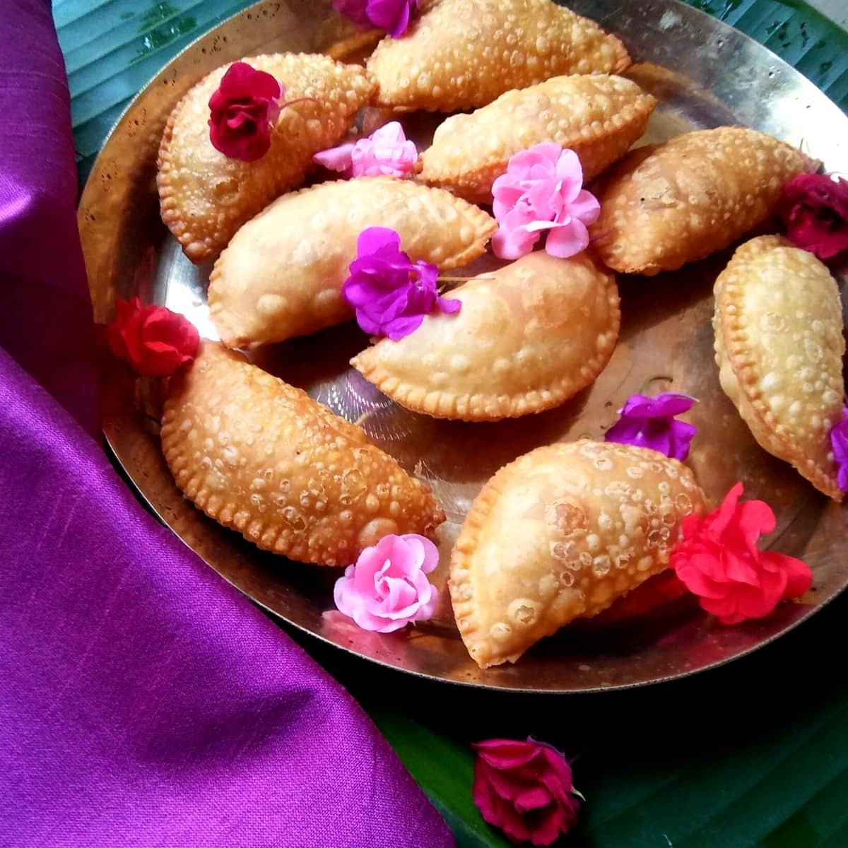 Maharashtrian Karanji Recipe