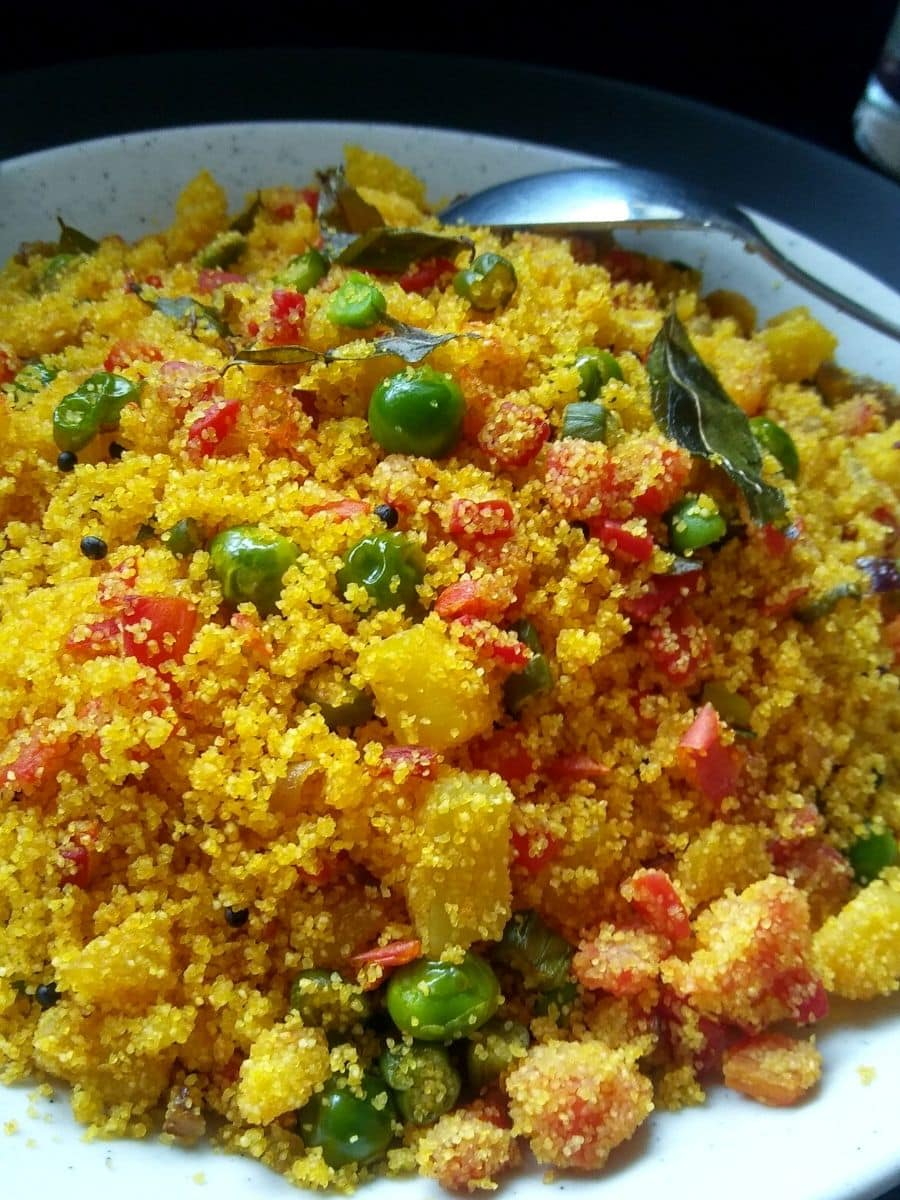 Upma made with rava and vegetable