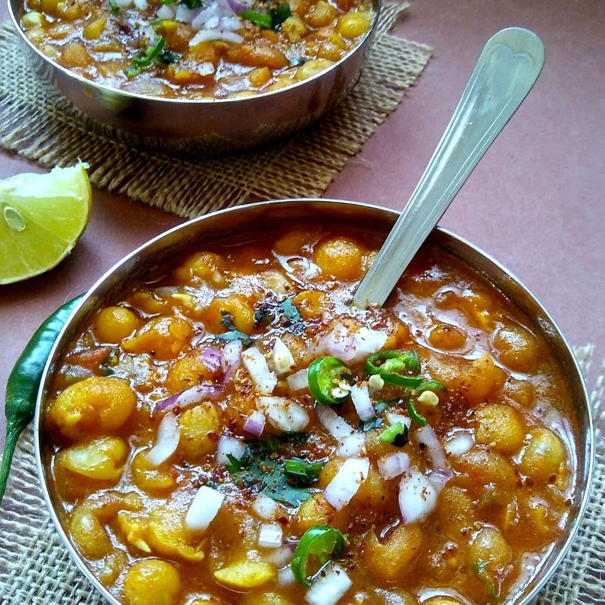 Street Style Ghugni Recipe