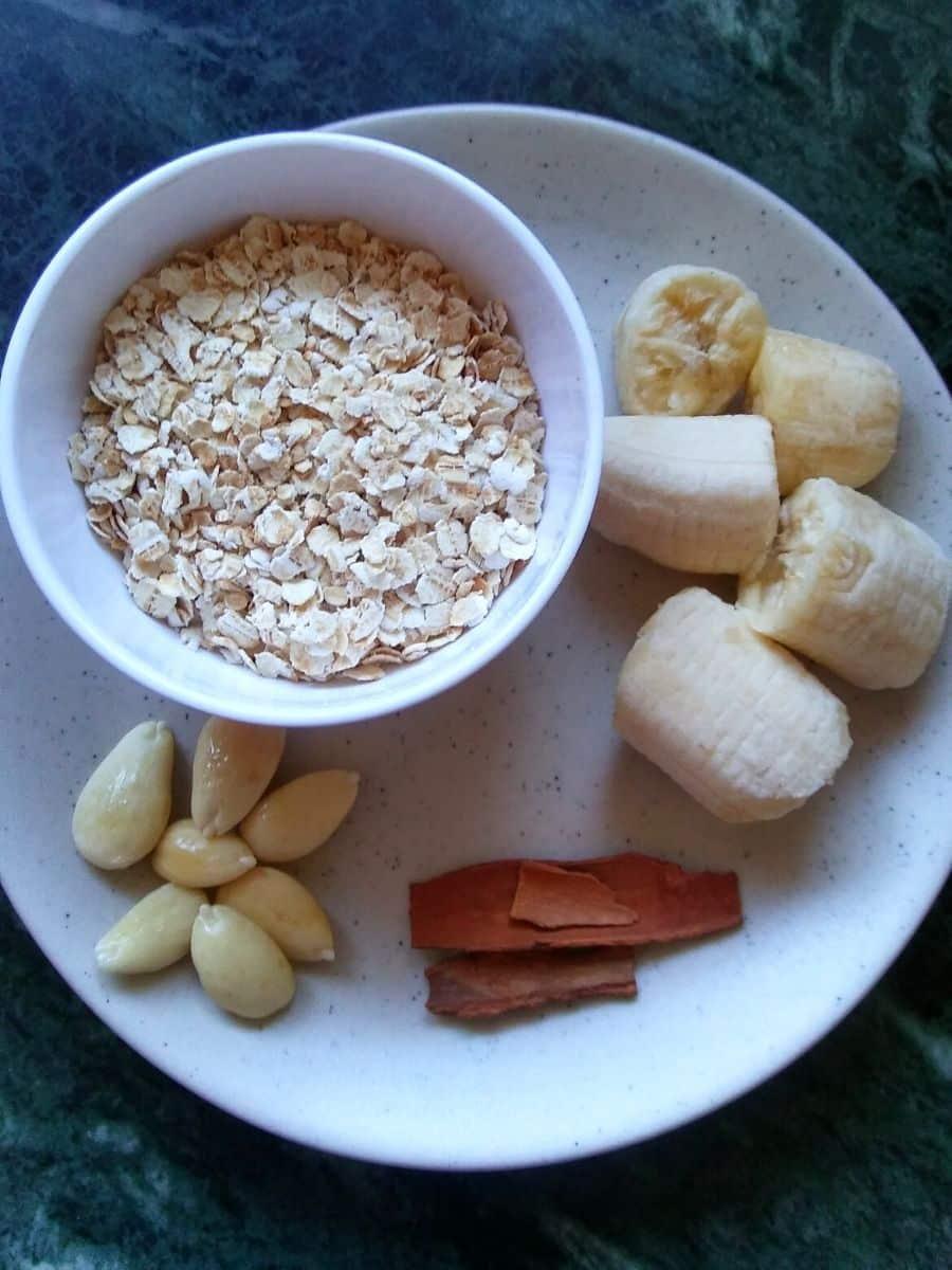 Oats Banana Smoothie Recipe Ingredients