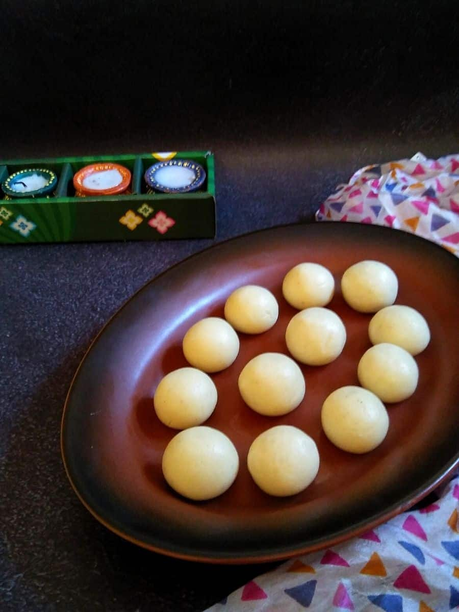 Malai Ladoos on a platter